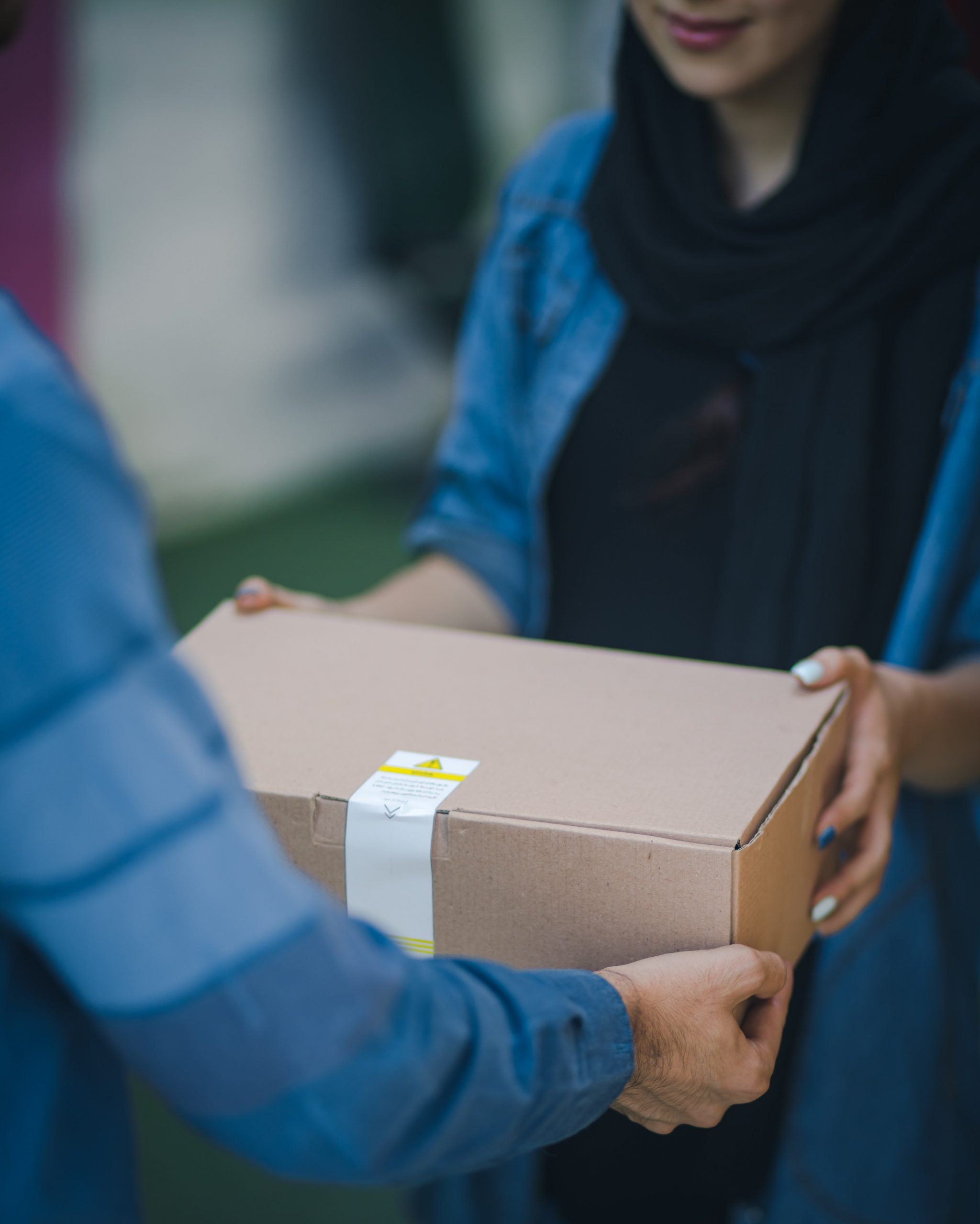 Benefits of owning a clothing subscription box